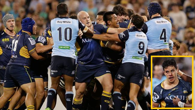Somewhere, in the middle of this stink, Tolu Latu threw the punch that did this (inset) to Matt Toomua...